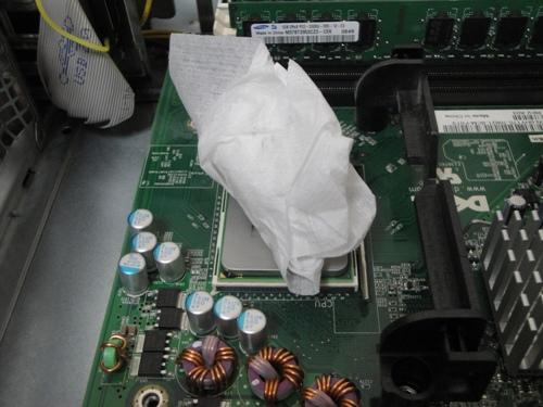 CPUグリス拭き取り