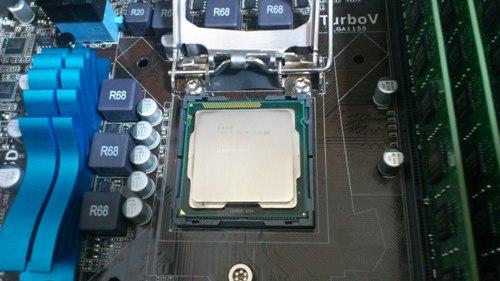 CPU取り付け